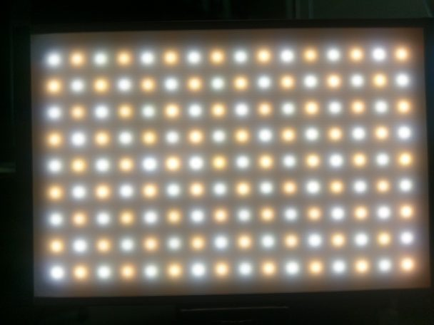 Zecti 144 Dimmable LED Video Light, 3200-5600K,1500LM,LCD,15W