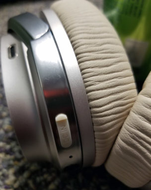 Edifier W860NB Active Noise Cancelling Over-Ear aptX Headphone review
