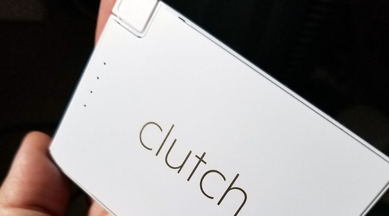 Clutch V2 3000 mah portable charger